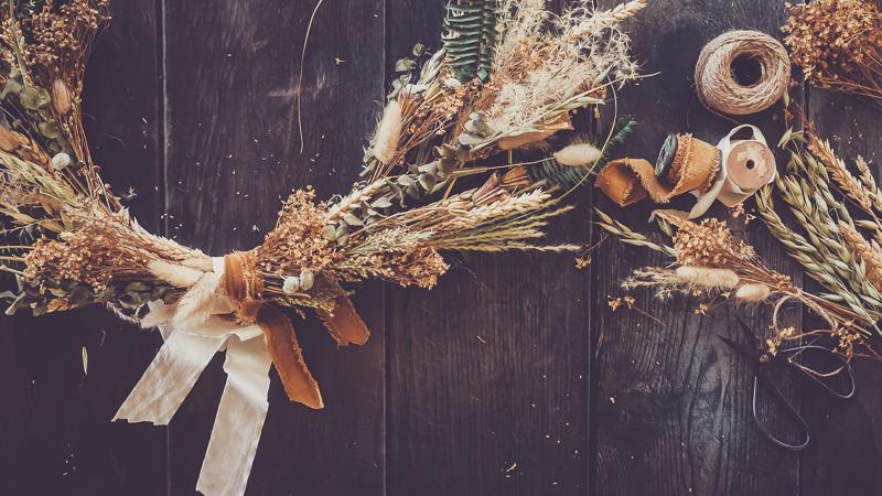 DIY Dried Flower Wreath
